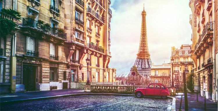 Paris, Eiffelturm und rote Ente